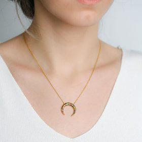 Collar Luna Invertida Oro. Joyas juveniles de Moda para mujer SUTILLE